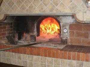 Sütés-főzés valódi kemencével-pizzakemence