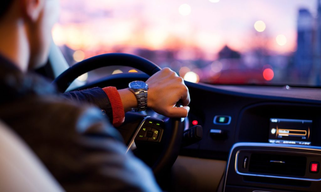 A gépjármű megfelelő működéséhez elengedhetetlen néhány praktikus, hasznos felszerelés!