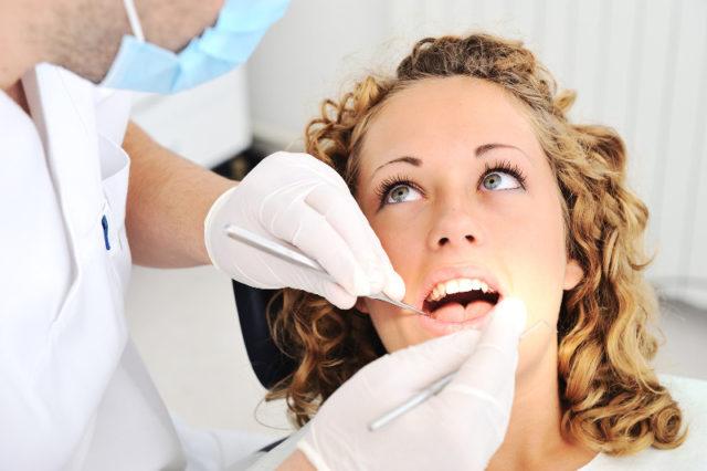 Rendszeres fogászati szűrővizsgálatokkal megőrizhetjük fogaink épségét!