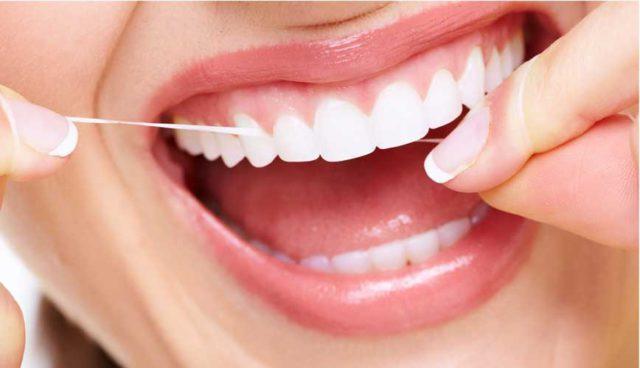 A fogak védelme érdekében rendkívül fontos a rendszeres fogápolás.