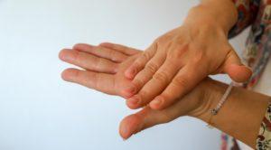 A kézfertőtlenítő szerek biztonsági adatlapján minden fontos információ megtalálható.