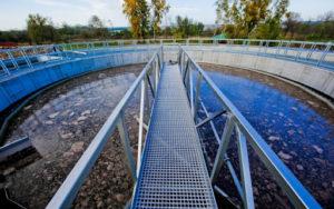 A szennyvíztisztítás folyamata bonyolult.